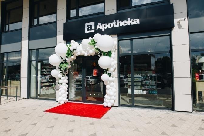 """Jaunajā Teikā atklāta """"Apotheka"""" aptieka"""