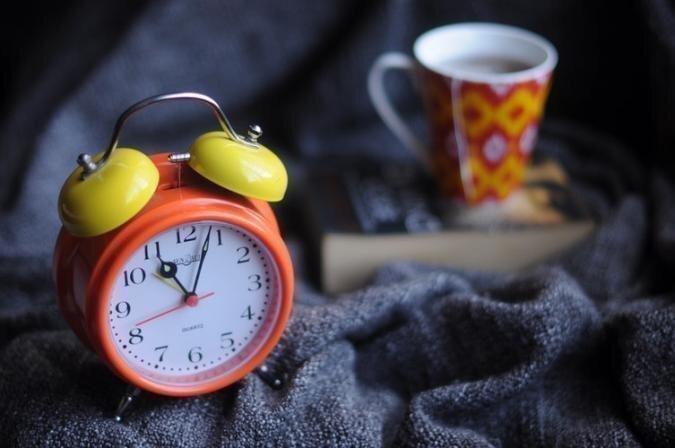 Miega eksperts: Pielāgošanās laika maiņai var ilgt pat divas nedēļas