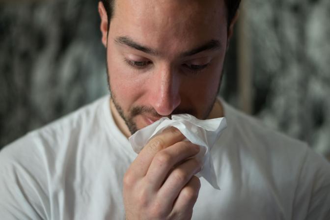 Veselības indekss: 70% cilvēku mēdz iet uz darbu arī slimi